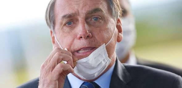 Bolsonaro volta a testar positivo para covid-19