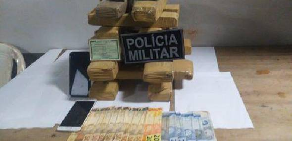 Com destino a Itaituba, casal é flagrado viajando com 15 kg de drogas na rodovia BR-163
