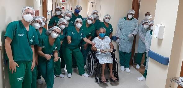 HRT comemora dois meses salvando vidas com celebração do aniversário de paciente e mais altas médicas