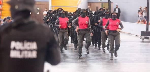 Mais de 700 policiais penais recebem certificação de cursos promovidos pela Seap