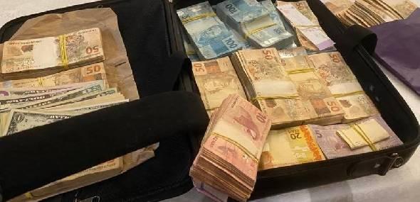 Mala apreendida em ação do MP que teve Agnelo como alvo tinha R$ 250 mil