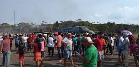 Presença do Ministro do Meio Ambiente em Jacareacanga é marcada por protesto